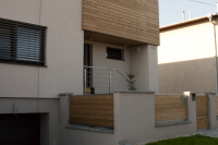 Drevené obloženie fasády domu. Materiál severská borovica, morená pod tlakom. Eurodreveník s.r.o